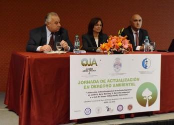 Destacada participación de asistentes tuvo la Jornada de Actualización en Derecho Ambiental