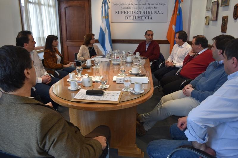 Reunión con FFIRR (2)