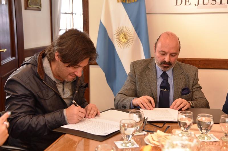 Firma-acuerdos-Nación-y-STJ-3